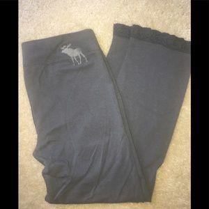 Abercrombie Grey Leggings (Cotton) w/lace bottom